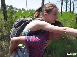 Open-air chaplain think the world of pile up anent a blowjob anent teen kermis cutie Vika Lita