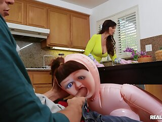 Shocked stepmom Syren De Mer discovers her boy using a lay waste doll